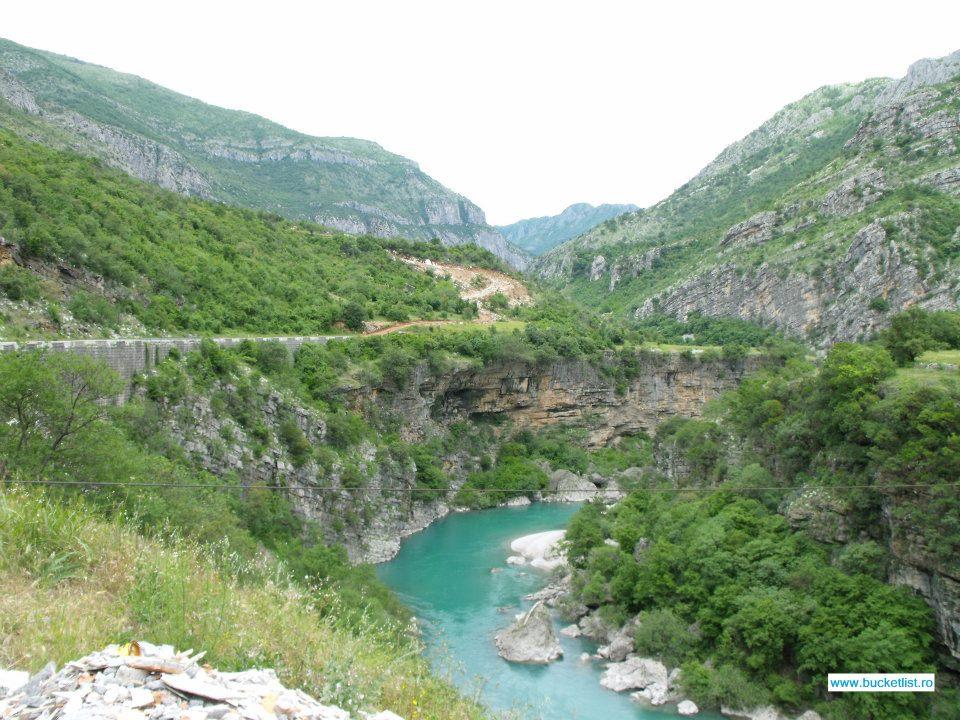 Canionul Moraca - Canionul Pivei Muntenegru
