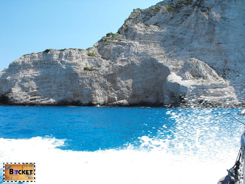 Blue water - Plaja Navagio