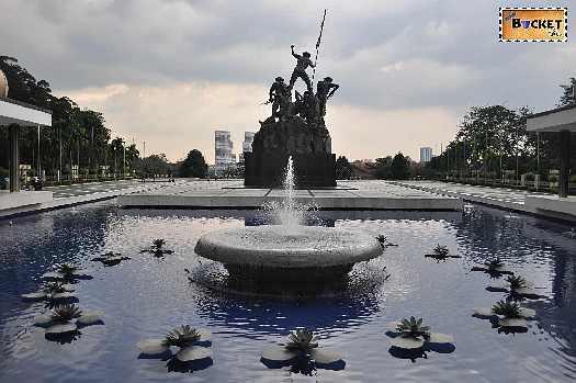 monumentul național Tugu Negara din Kuala Lumpur