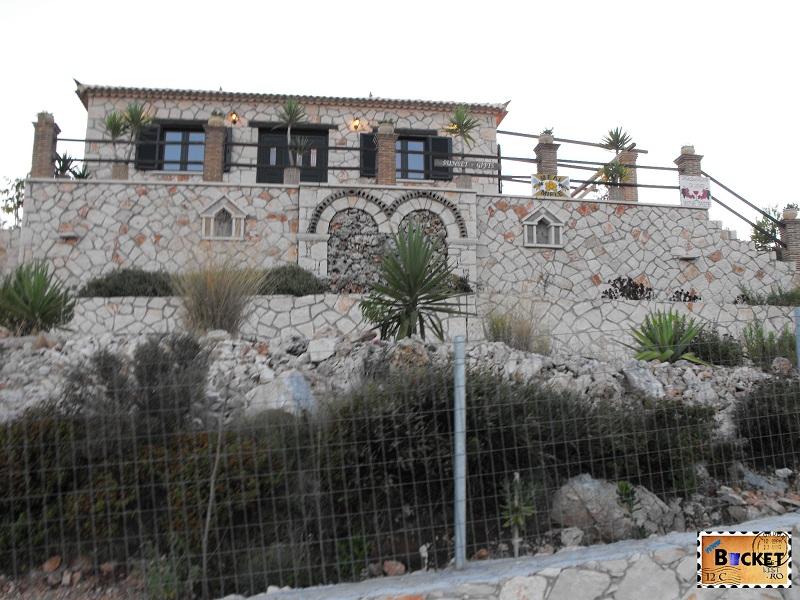 Taverna din piatra