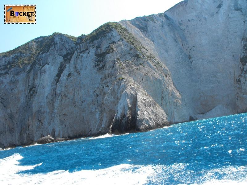 To Navagio beach - Plaja Navagio