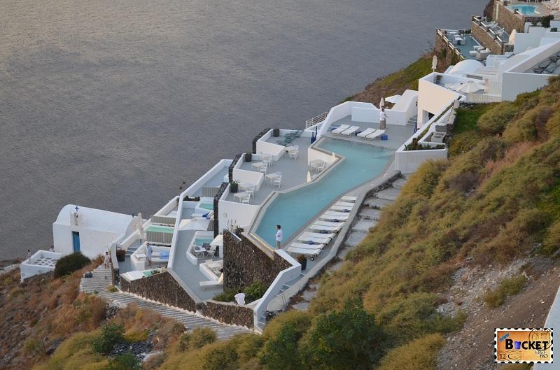 Asteptand apusul - Imerovigli, Santorini