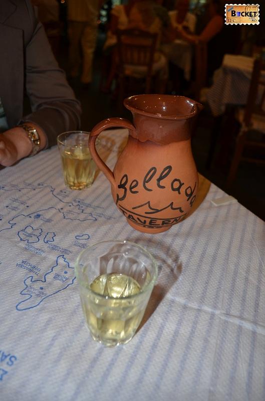 Kamari - Taverna Sellada - Vinul casei