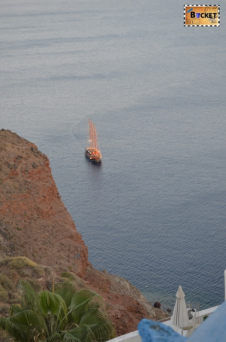 Santorini - vapor turistic