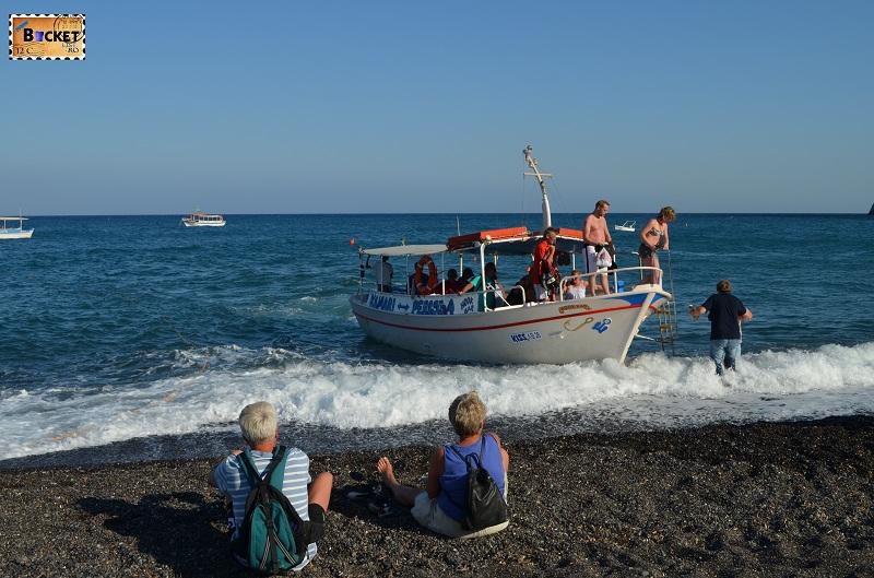 Taxi boat to Perissa beach