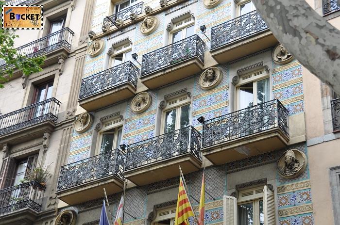 Rambla Barcelona fatada cladire