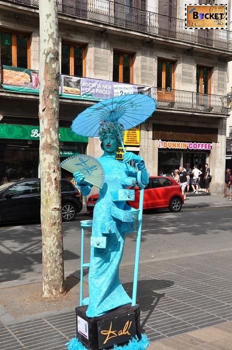 Statuie umana Dali