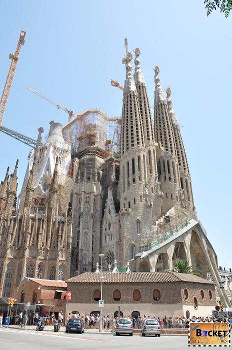 Barcelona Gaudi Sagrada familia - Top 10 destinaţii