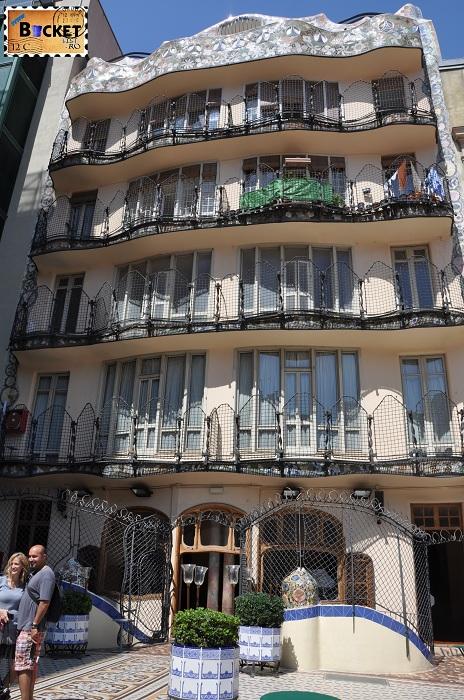 Casa Batlló curtea exterioara