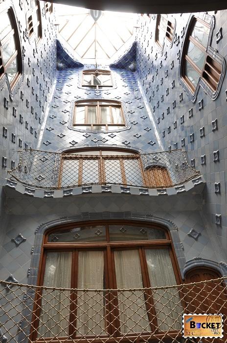 Casa Batlló luminator