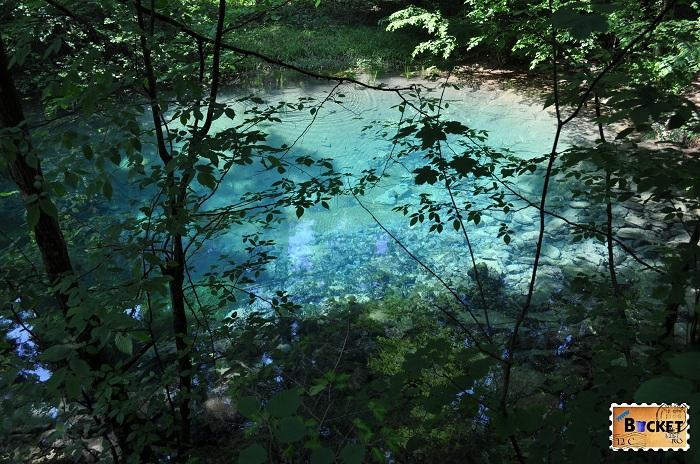 Cheile Nerei - lacul ochiul Beiului
