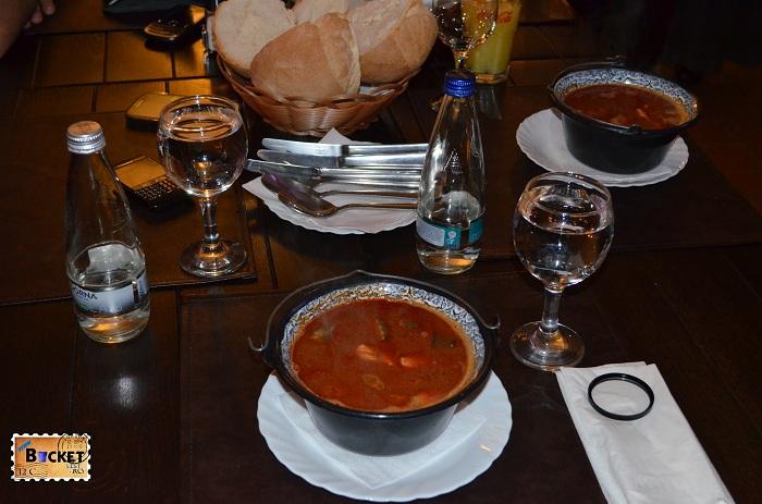Restaurant Taverna Pecicana  Ciorba de peste a la Szeged