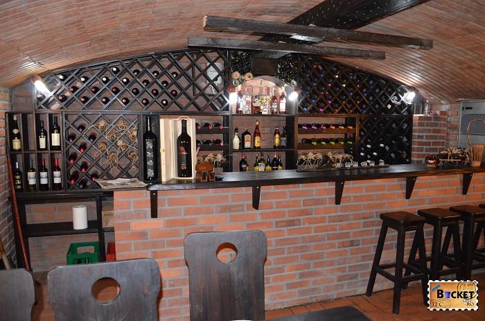 Taverna Pecicană Cramă