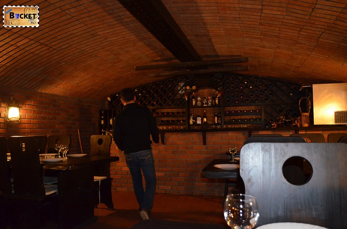 Taverna Pecicană - cramă