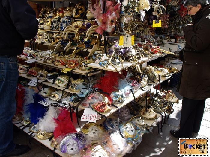 Carnavalul de la Veneţia  - Măşti