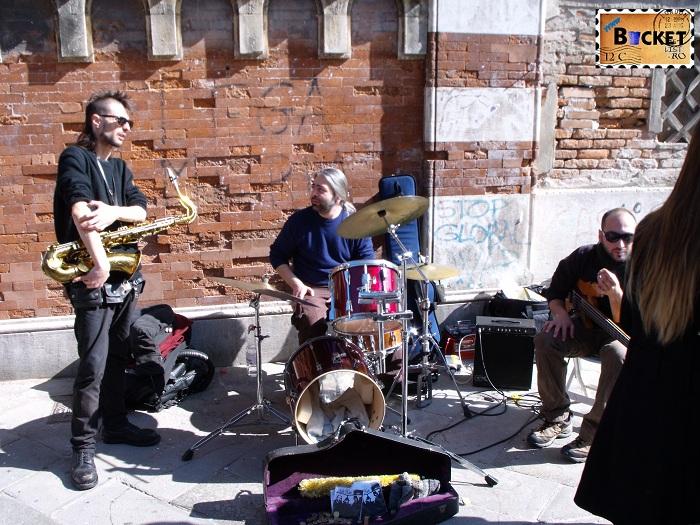 Carnavalul de la Veneţia - Muzica pe strada