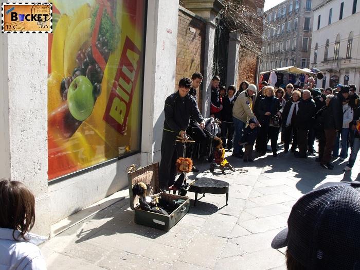 Carnavalul de la Veneţia - Teatru de papusi