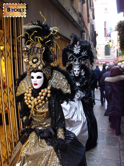 Carnavalul de la Venetia -  măşti tradiţionale