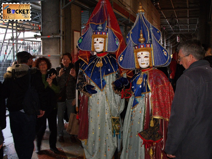 Carnavalul de la Venetia - Poker face