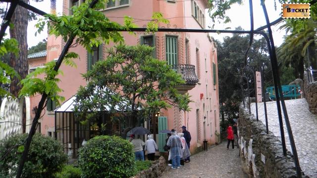 Casa Muzeu Gaudi -Parc Guell Barcelona (27)