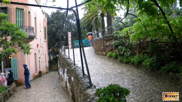 Casa Muzeu Gaudi -Parc Guell Barcelona (29)