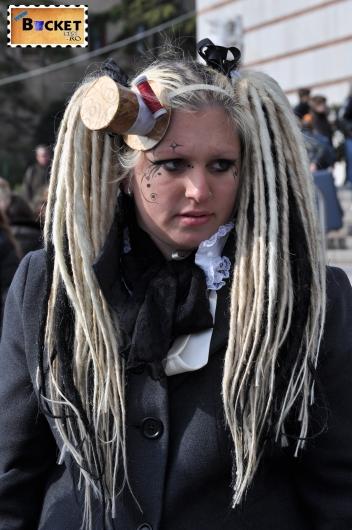 măşti  la  carnavalul de la Veneţia