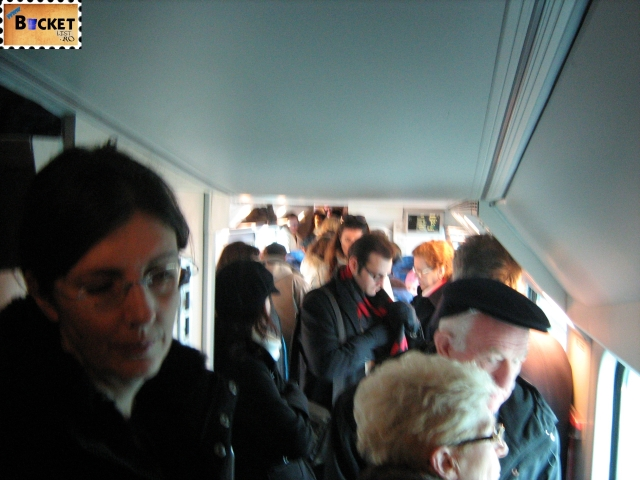 tren - spre Carnavalul de la Veneția