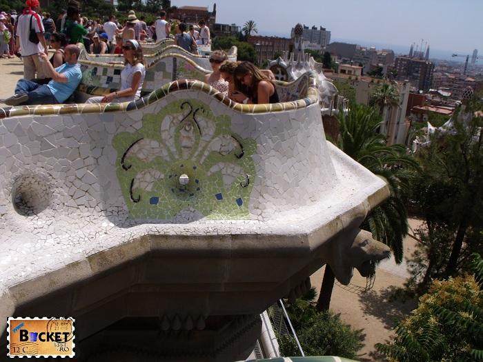 Parc Guell Barcelona  - banca șerpuindă  (3)