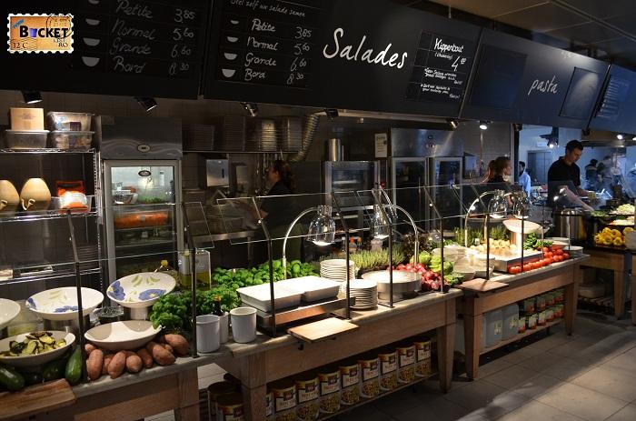 Unde să mănânci în Amsterdam - Salate in restaurant La Place