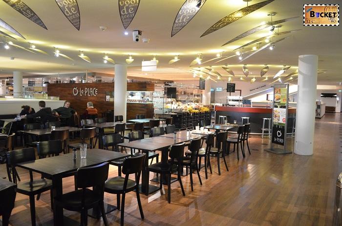 Unde să mănânci în Amsterdam - Restaurant La Place - Biblioteca Centrala