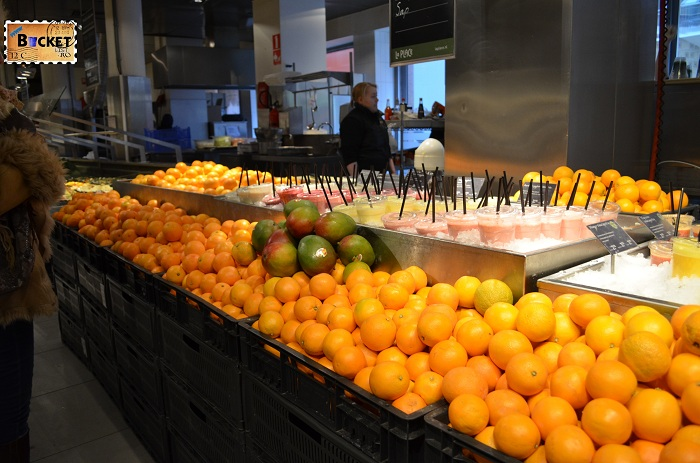 Unde să mănânci în Amsterdam -Restaurant La Place Fresh de fructe