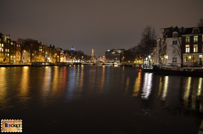 Amstel River Amsterdam noaptea