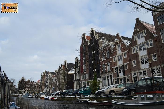 Canalele din Amsterdam