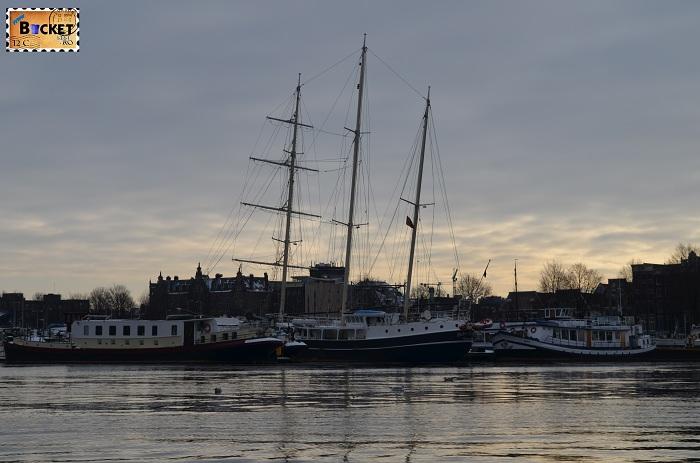 Canalele din Amsterdam - Oosterdok