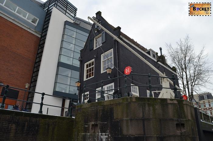 Canalele din Amsterdam - Sluyswatcht