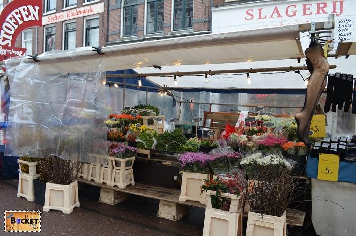 Flori in piața Albert Cuyp - Amsterdam
