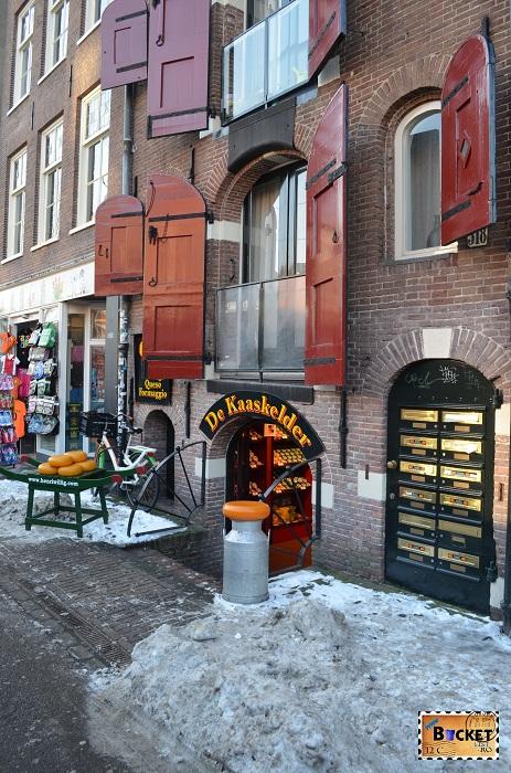 Exterior magazinul Kaaskelder - Amsterdam