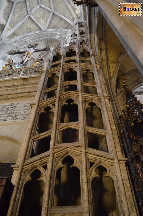 Catedrala Kosice, Slovacia - scara interioara dubla in stil gotic