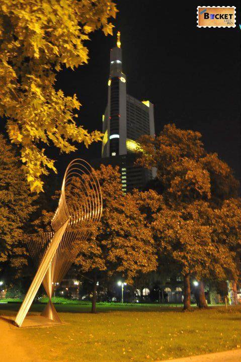 Peisaje de noapte - Orase din Germania - Frankfurt