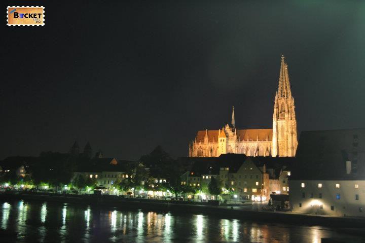Peisaje de noapte - Orase din Germania - Regensburg
