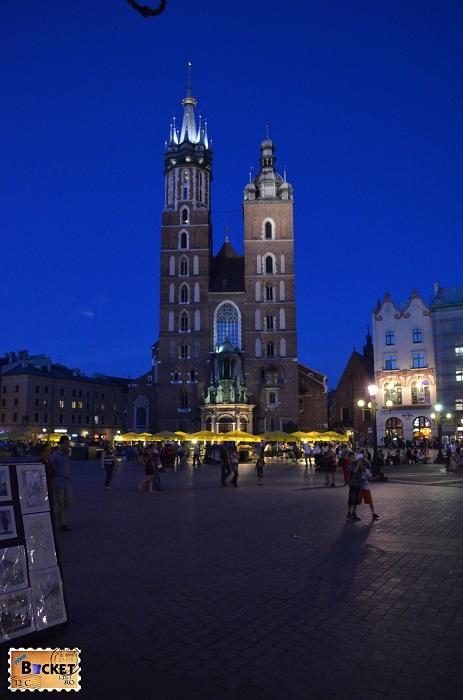 Bazilica Sf. Maria din Cracovia - noaptea