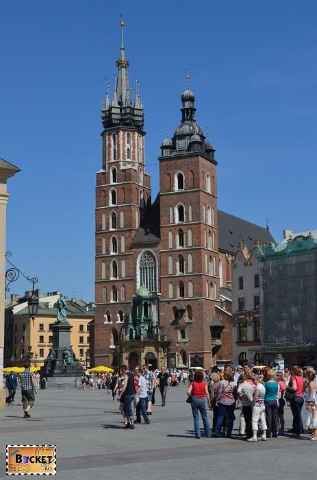 Bazilica Sf. Maria din Cracovia si piața Rynek Główny