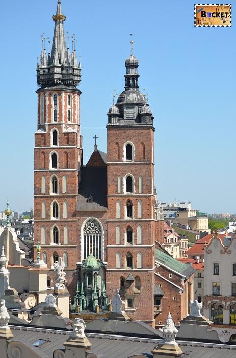 Bazilica Sf. Maria  privita din turnul primariei din Cracovia