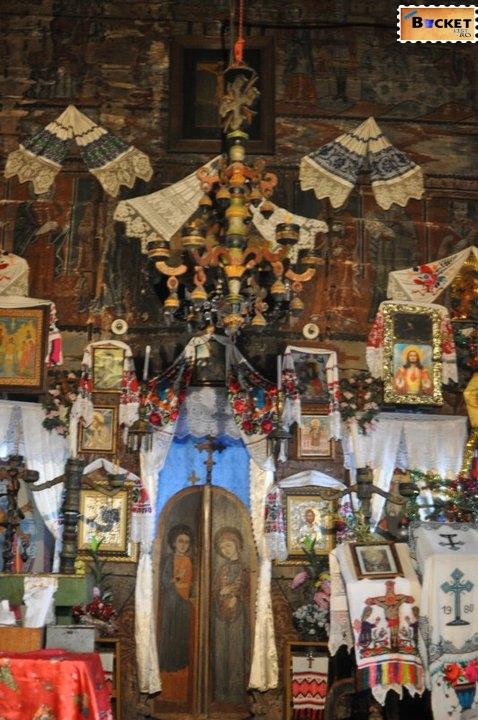 Biserica de lemn Bradet Bihor 4
