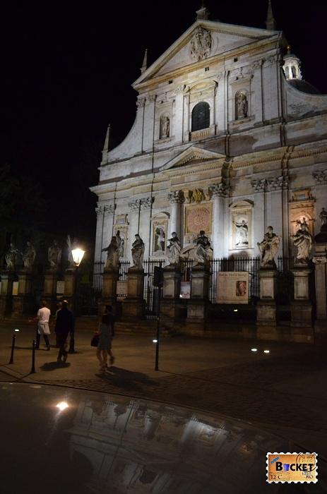 Cracovia - peisaje de noapte Biserica Sf Apostoli Petru si Pavel