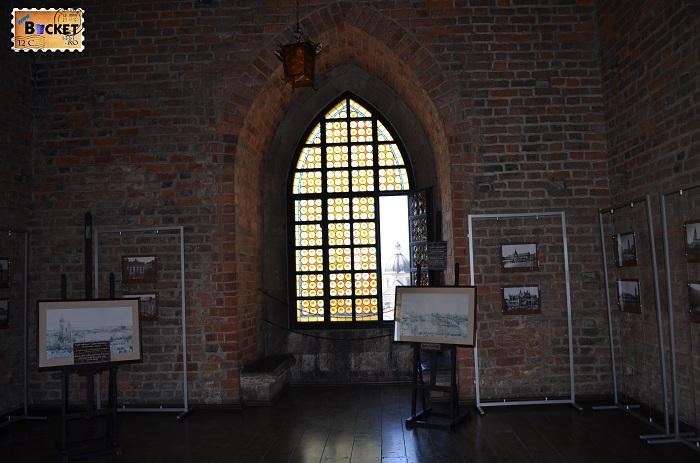 Expozitie foto din turnul primariei din Cracovia