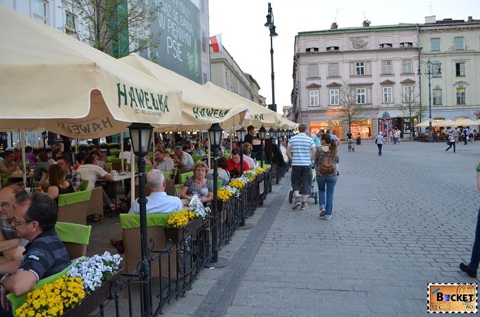 Unde să mănânci în Cracovia Terasa Hawelka