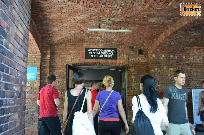 Auschwitz I  intrarea in muzeu