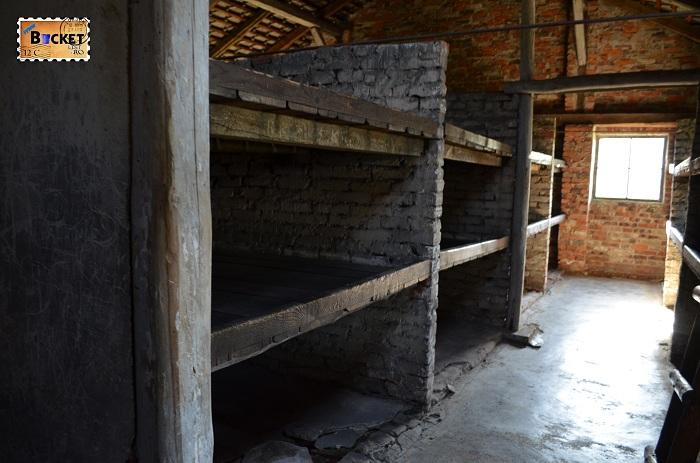 Baracă - Lagărul de concentrare Auschwitz II - Birkenau