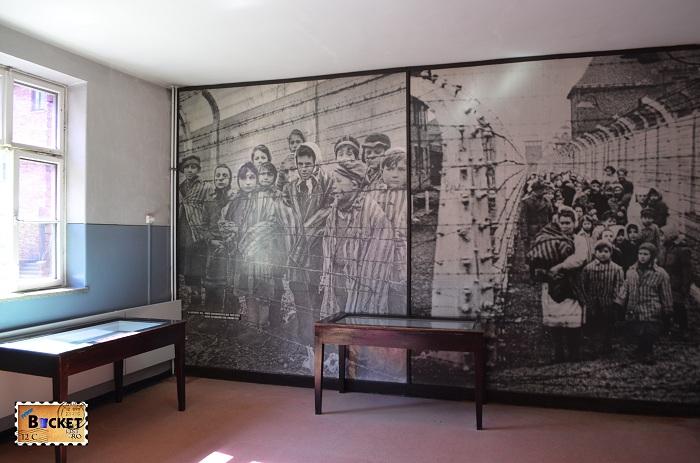 Lagărul Auschwitz I - Viaţa de prizonier baraca numarul 6